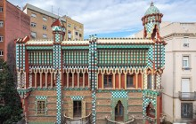 Exclusive Casa Vicens Guided Tour + Park Güell