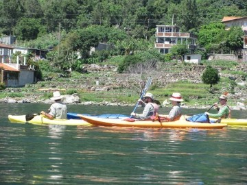 A picture of 7-Day Around The Lake Paddle and Hike Excursion