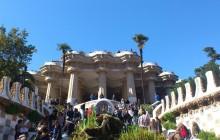 Montserrat by Bus and Artistic Barcelona Tour