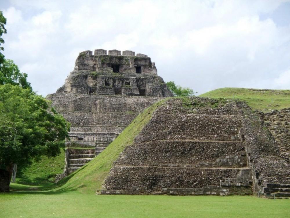 Cruiseship Tour - Xunantunich & Belize Zoo Tour