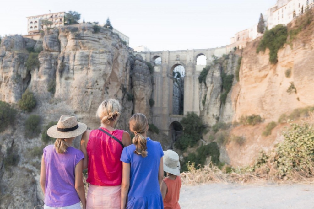 Ronda Tour + Wine Tasting from Seville