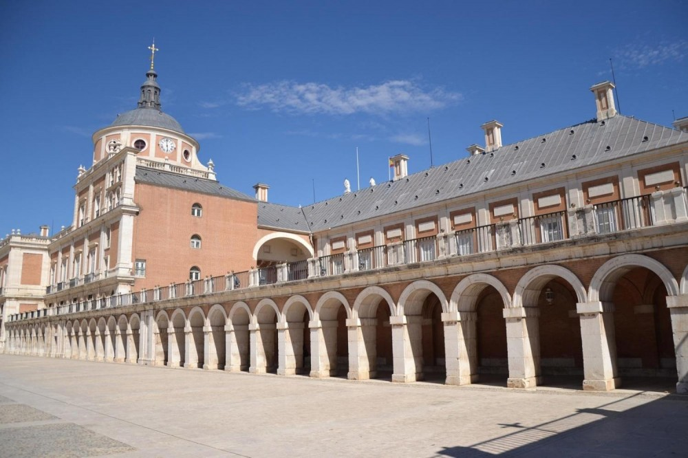 Royal Site of Aranjuez Half Day Tour from Madrid