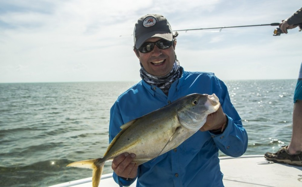 Light Tackle: Inner Reef Fishing Full Day