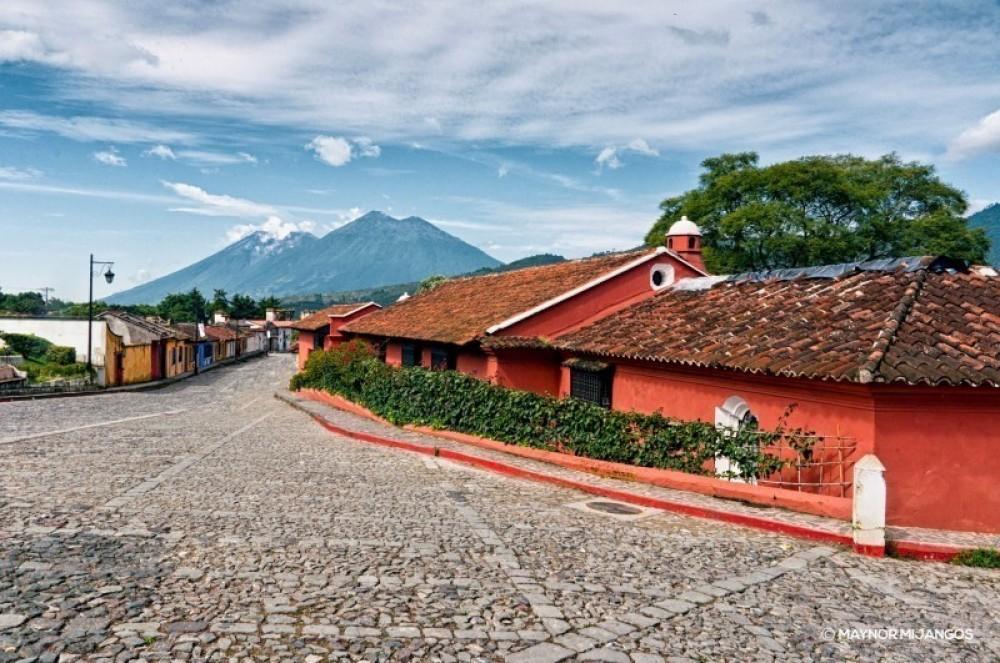 Amazing Antigua (3 Days / 2 Nights)