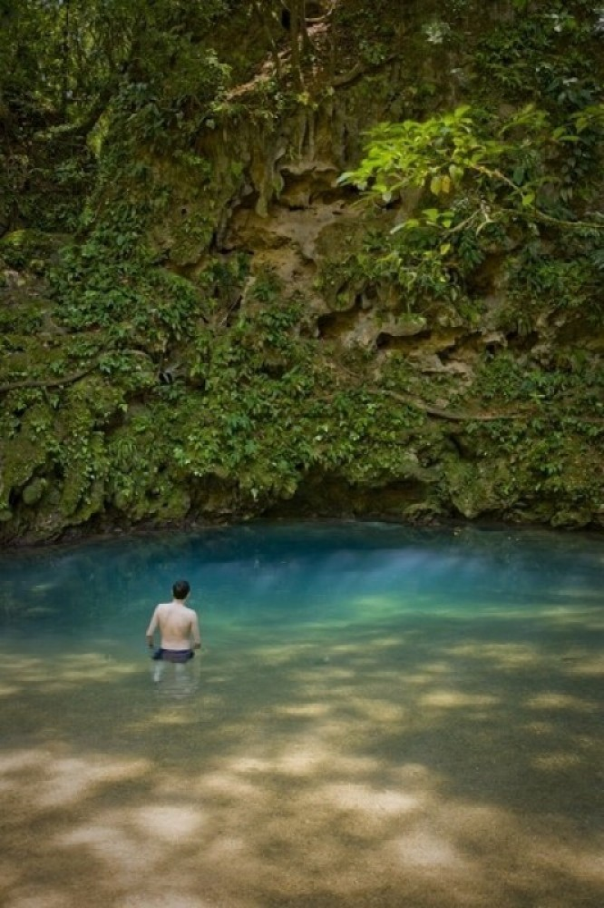 Inland Blue Hole at St.Hermans National Park