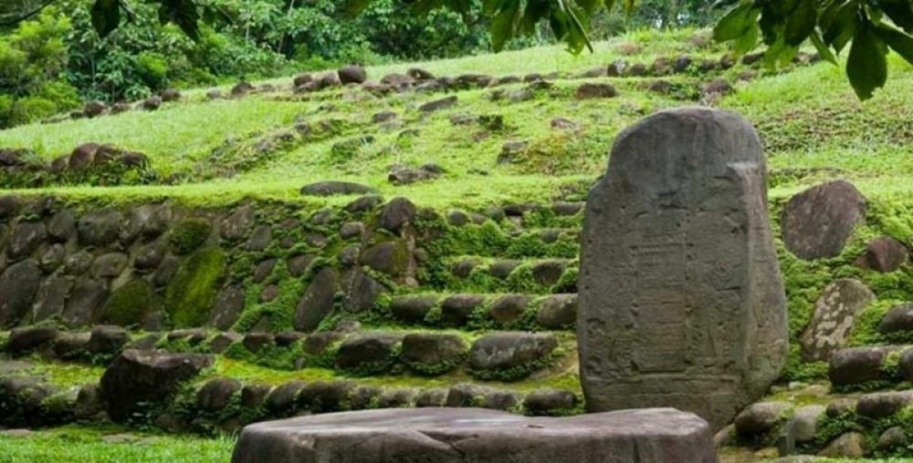 Takalik Abaj Olmec site nearby Retalhuleu