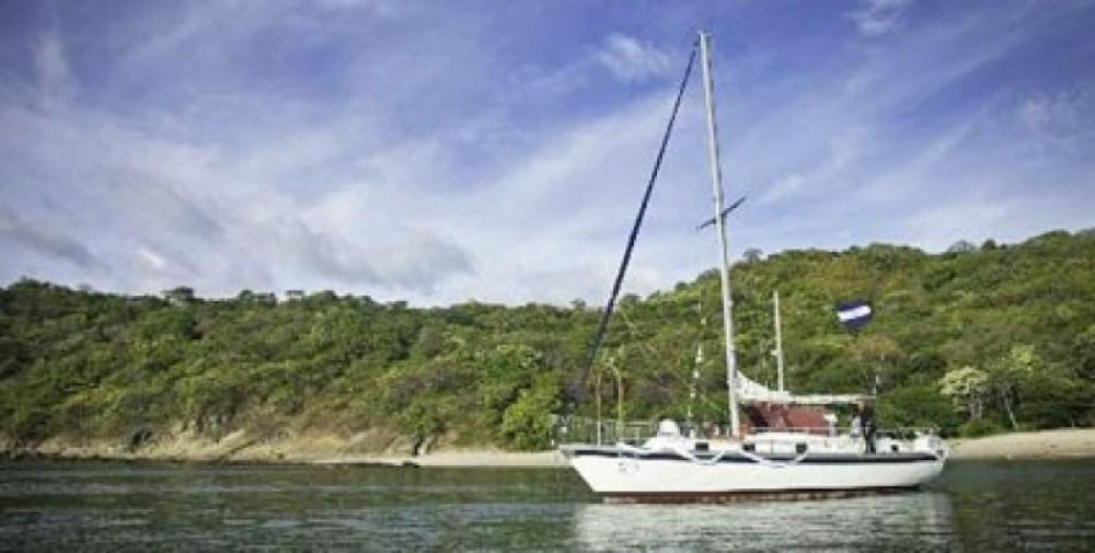 Sailing in San Juan Del Sur (Full Day Cruise)