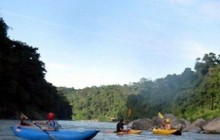 Guided Kayaking Trip & Course - Rio Cangrejal (Half Day)