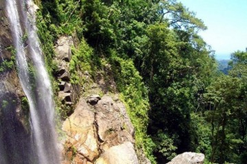 A picture of Jungle Hiking - El Bejuco Waterfall (3 days)
