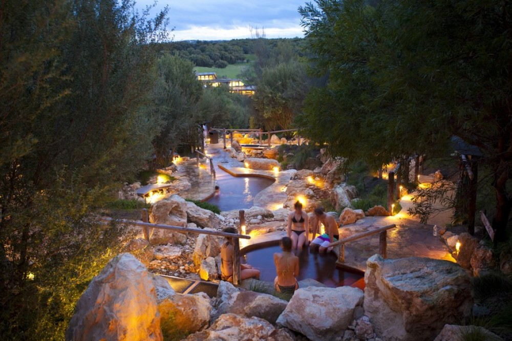 Private Mornington Peninsula Wineries and Hot Springs Tour