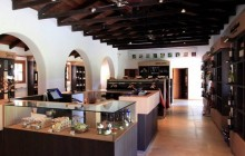 Undurraga winery half day tour