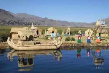 A picture of Lake Titicaca and the Culture of Puno