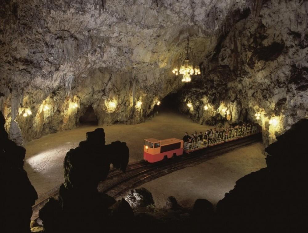 Postojna Cave with Underground Train Ride and Predjama Castle
