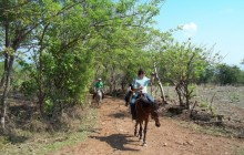 Civil war histroy tours on the Guazapa Mountains