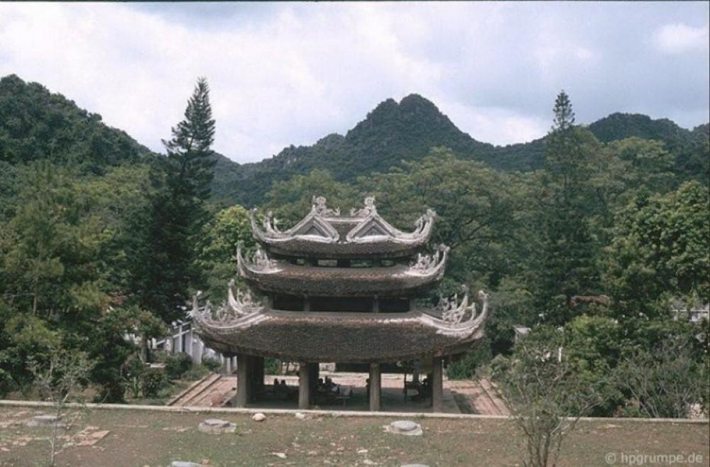 Perfume Pagoda Daytrip