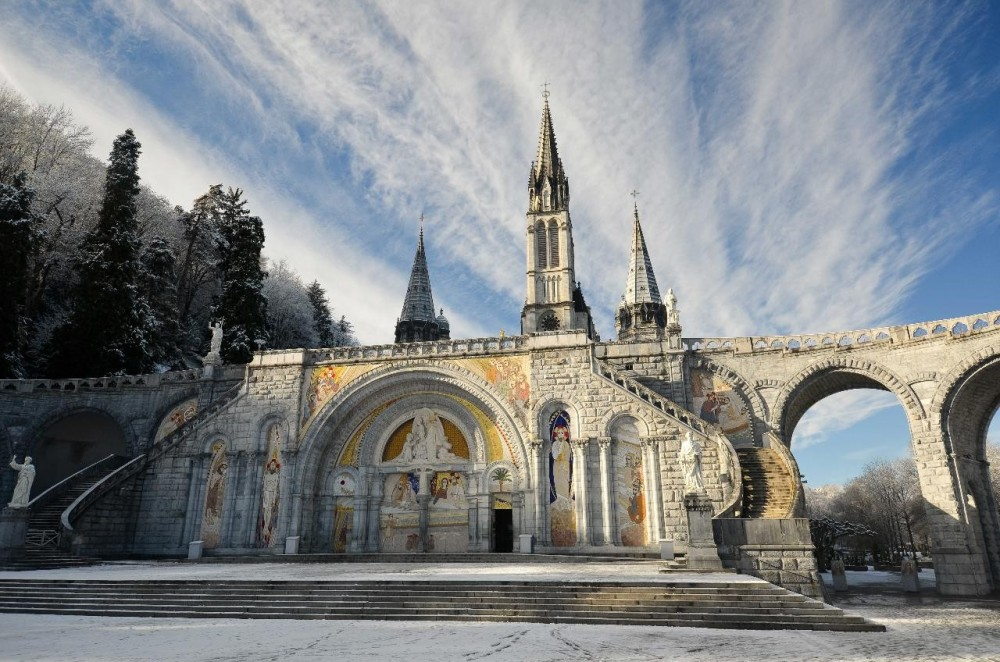 Private Lourdes Sanctuary Visit from Bordeaux