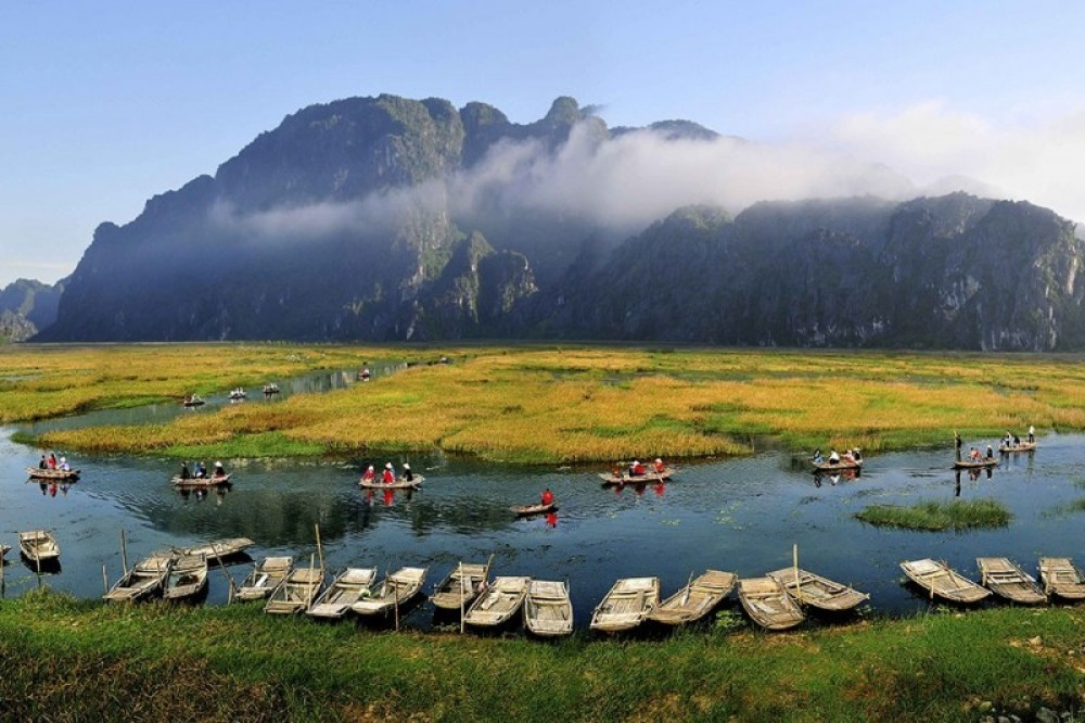 Hoa Lu Ancient Capital and Van Long Ecotourism Site