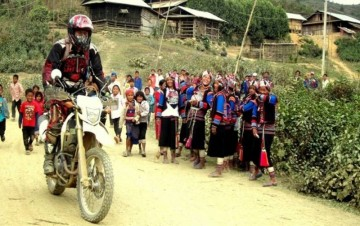 A picture of 5 Days Motorbike - Hmong Country