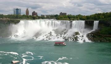 A picture of 3 Day Highlights of Niagara Falls & Toronto (Buffalo to Toronto)