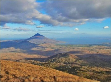 A picture of Volcan El Hoyo With Optional Volcano Boarding