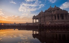 Delhi: Grand Temples Private Full-Day Tour