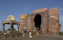 Private Tour Of Bhojpur And Bhimbetka From Bhopal