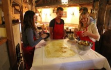 Apple Strudel & Salzburger Nockerl Cooking Lesson Including Lunch