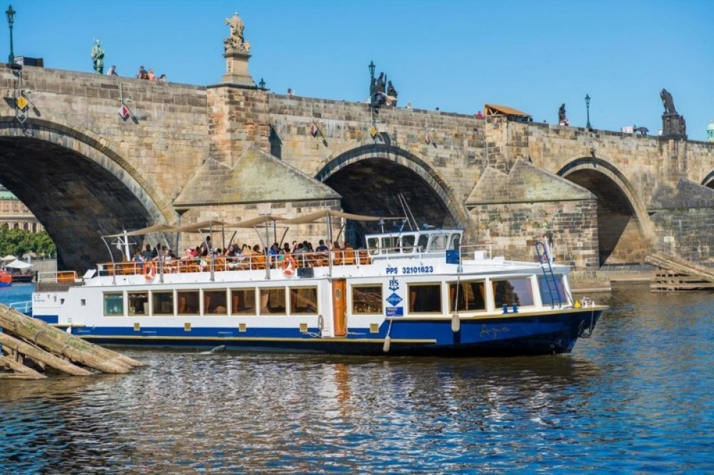One Hour River Cruise
