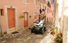 Lisbon Old Town by Twizy Electric Car with GPS & Audio Guide