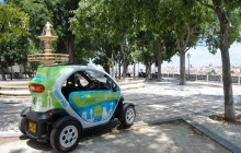 3 Hours Discovery Tour by Twizy Electric Car with Audio Guide