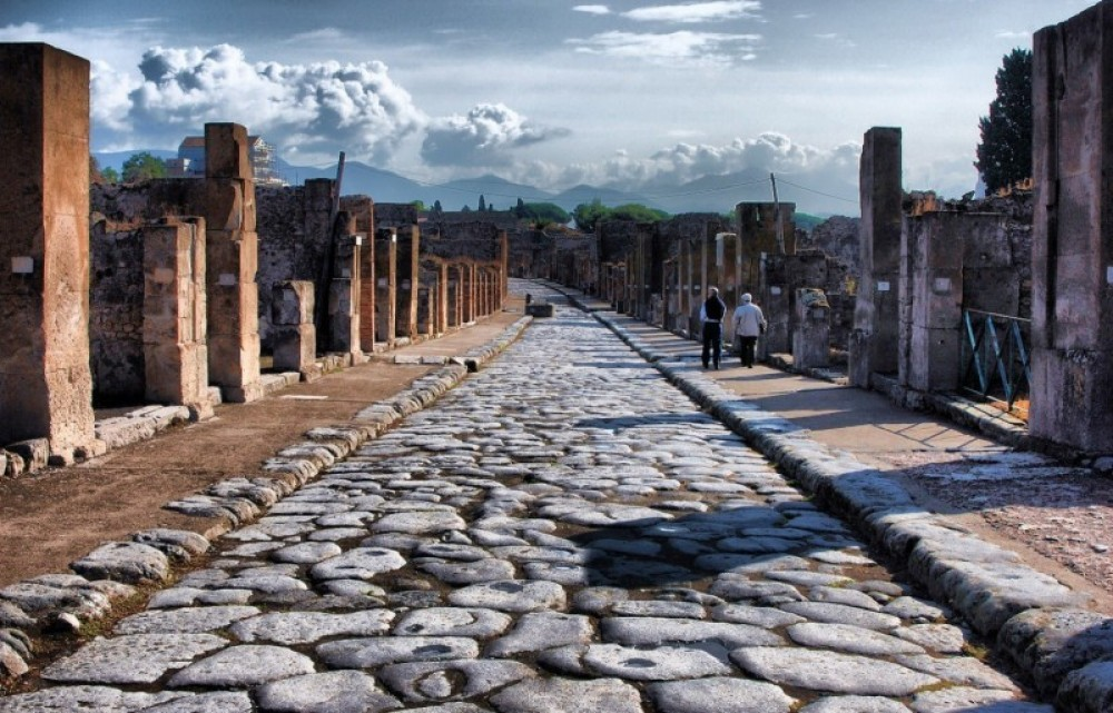 Private Driving Tour: Pompeii, Sorrento, & Positano