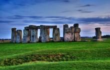 Stonehenge & Bath + Entrance to Roman Baths
