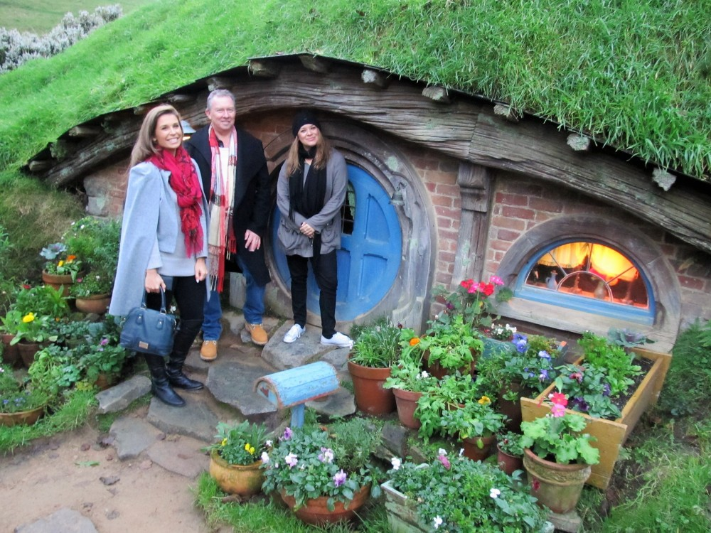 Hobbiton Movie Set Day Tour & Festive Feast (Private Transport)