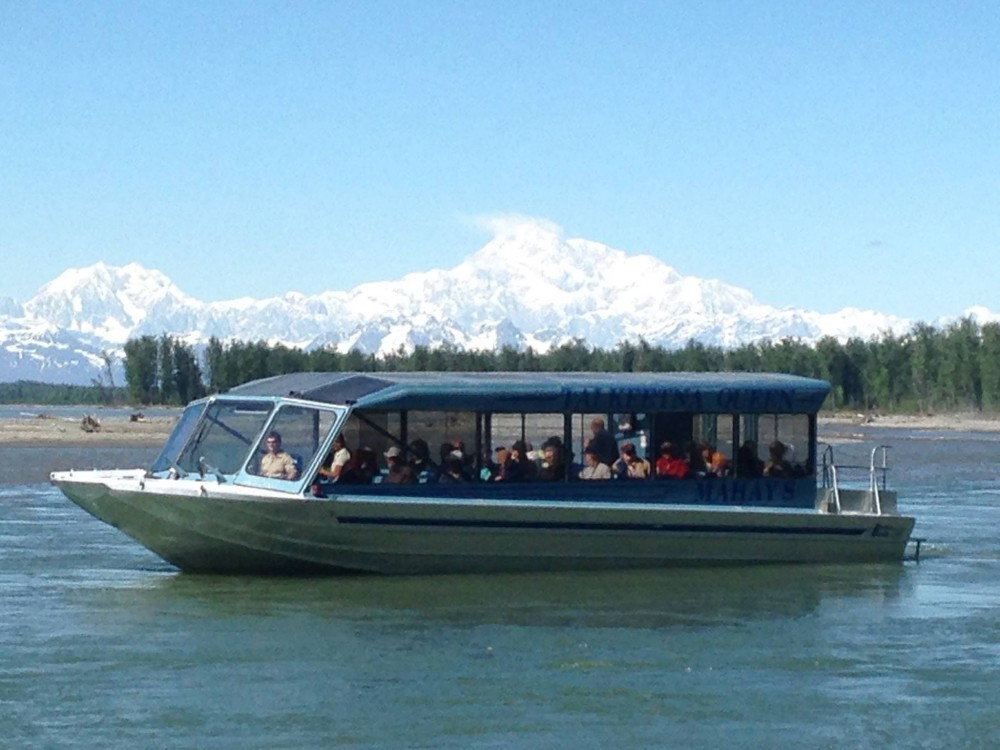 Talkeetna day trip from Anchorage: Jet Boat & Nature Walk