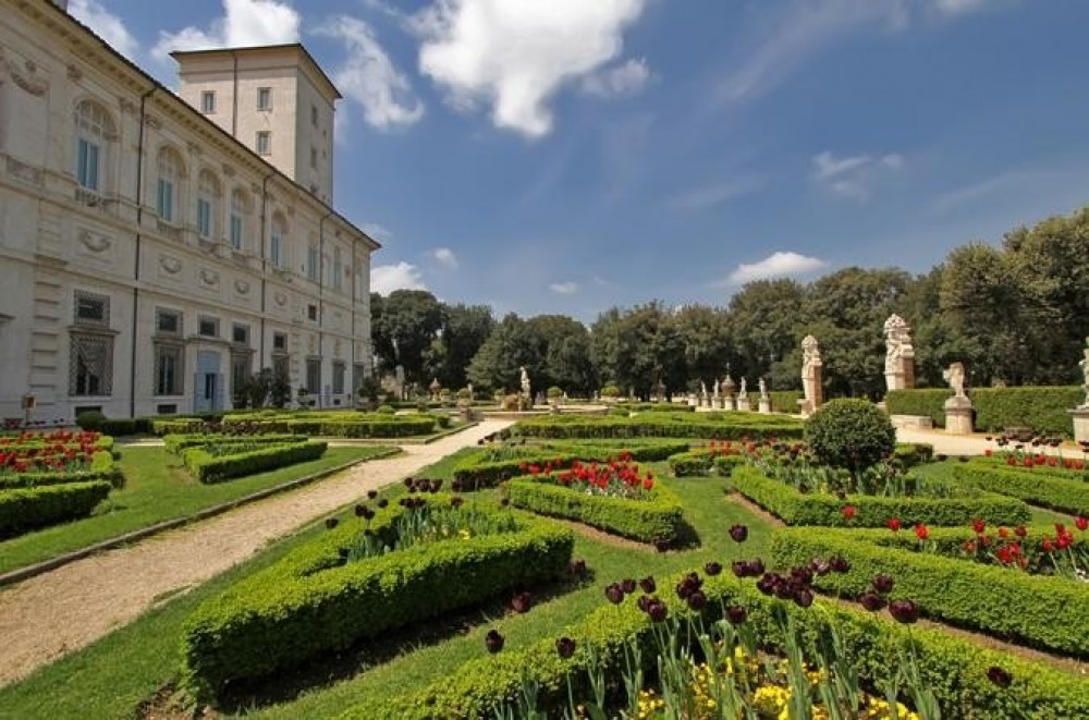 Small Group Borghese Gallery Tour and Gardens