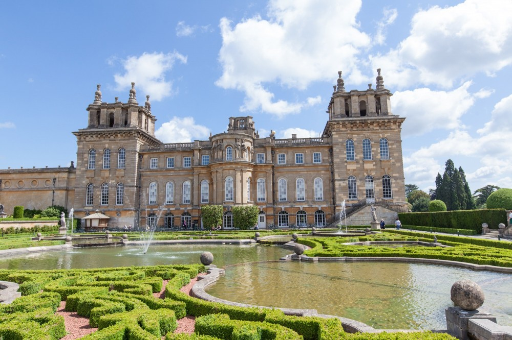 Blenheim Palace, Downton Abbey Village & The Cotswolds