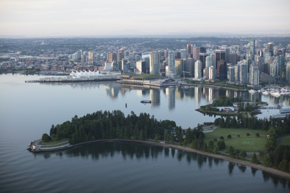 Afternoon: Vancouver City Highlights + Vancouver Lookout