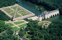 3 Day Normandy + Saint-Malo + Mont Saint Michel + Loire Castles