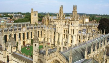 A picture of The Cotswolds, Bath & Oxford - 2 Day Small Group Trip