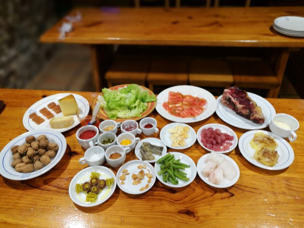 Bilbao Old Quarter Food + Drink Tour