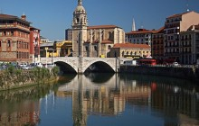 Bilbao Old + New Town Small Group Walking Tour