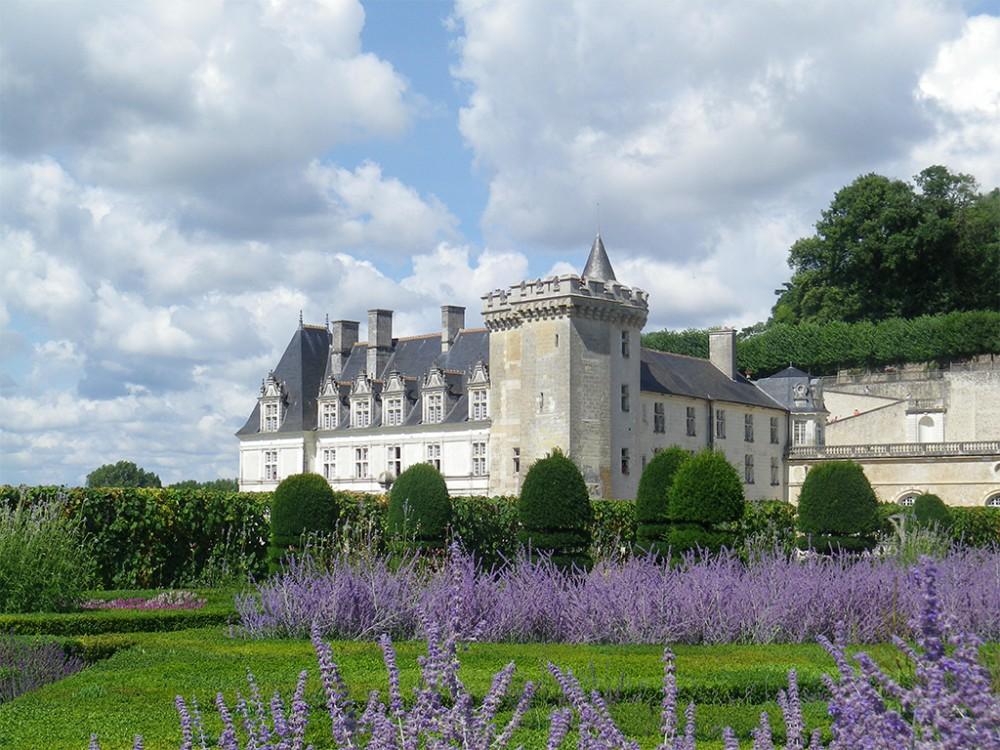 Beautiful Loire Valley: Villandry, Azay-le-Rideau + Langeais