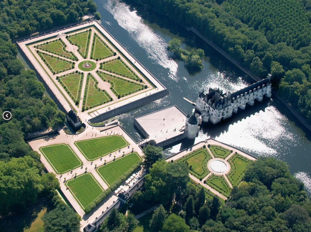 Small Group Loire Valley 3 Day Superstay Tour with 2* Hotel