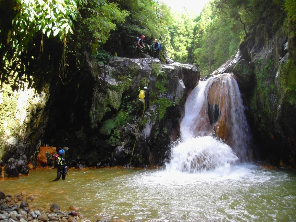 Ribeira dos Caldeirões Full Day Canyoning with Transfer
