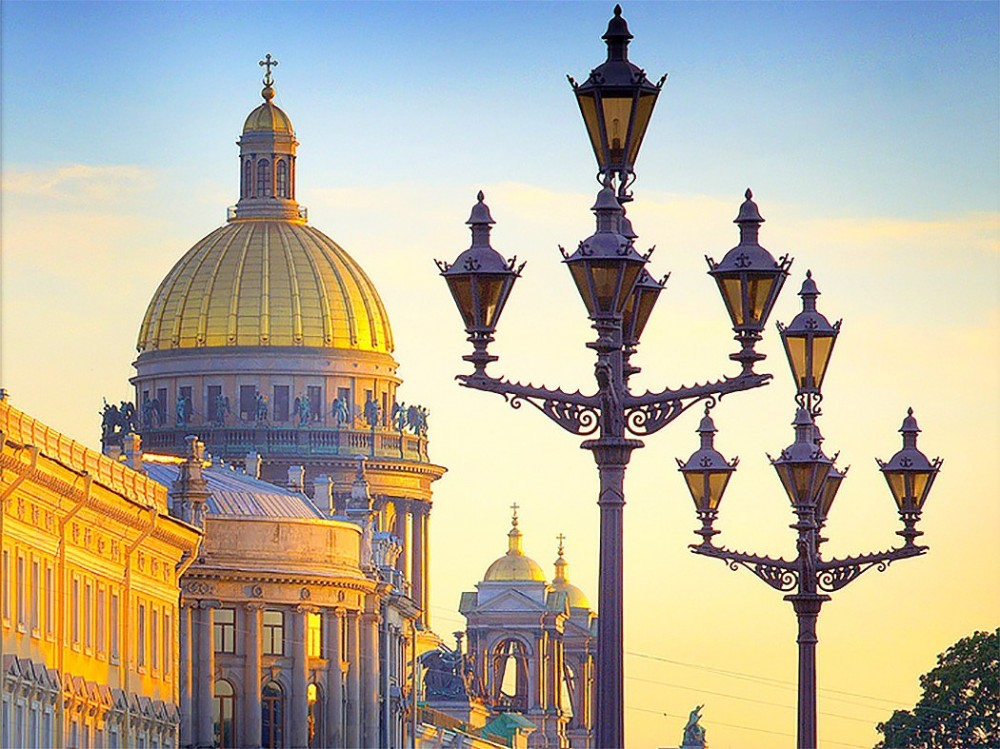 Private 2 Day Moderate Tour of St Petersburg