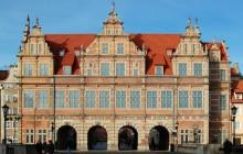 Private Tour Of Gdansk: Stuffhof & Malbork Castle