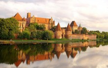 Private Tour Of Gdansk: Stuffhof & Malbork Castle