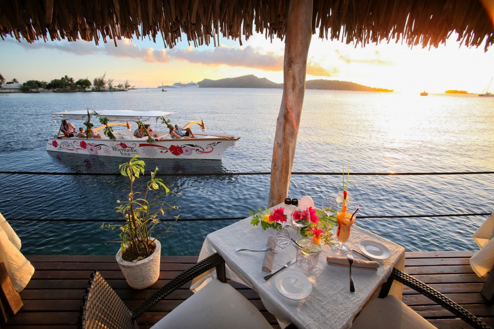 Semi Private Sunset Cruise and Restaurant Dinner