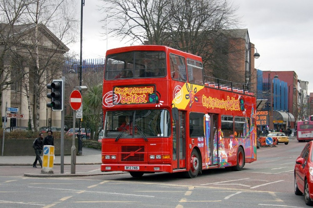Derry + Belfast City Sightseeing Hop On Hop Off Tour