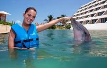Punta Cancun Delphinus: Dolphin Ride